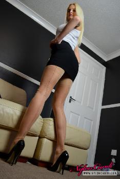 Kelly Fox - At Home