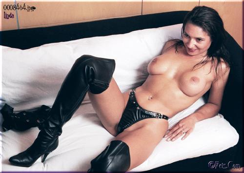 0368-Linda-Leather