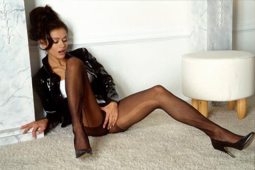 0967-Maria-LegTexture