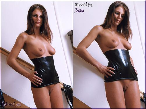 0454-Sophia-Latex
