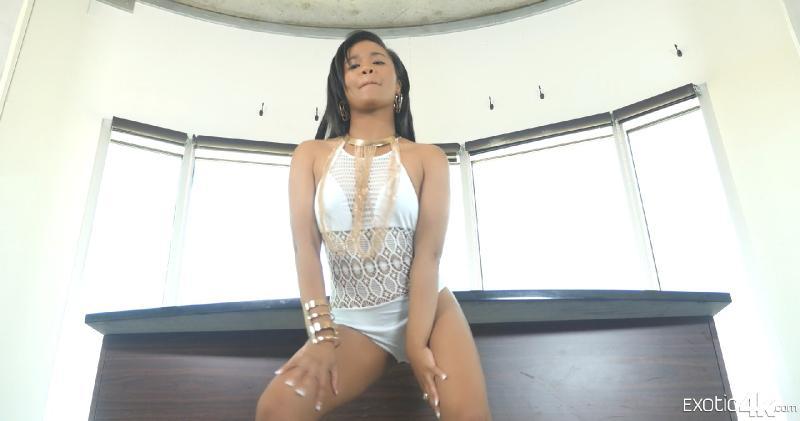 caramel video clips porn