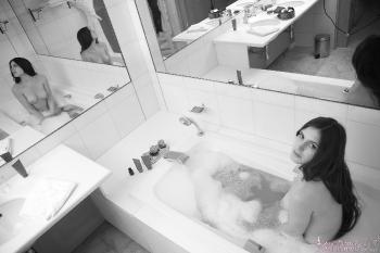 04 - Oceane - Big Bath (50) 4000px