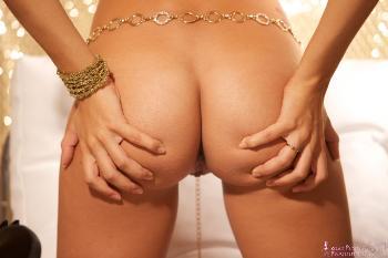 06 - Hannah - Gold Nude (94) 4000px