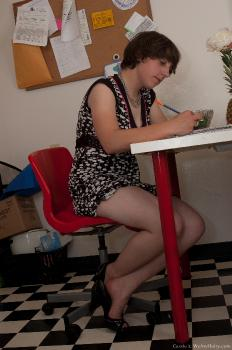 Cassie_Table_superhr