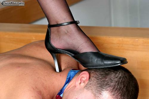 05.06.Fiona.My Trample Slave