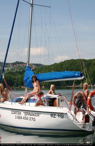 Seaworthy Piwot Yacht 1