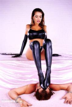 Latex mistress Shannon