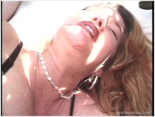 Pregnantsistas - Samantha Tastes Her Own Pregnant Pussy Hi (2012/SD)