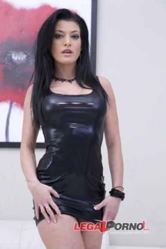 Nikita Belucci