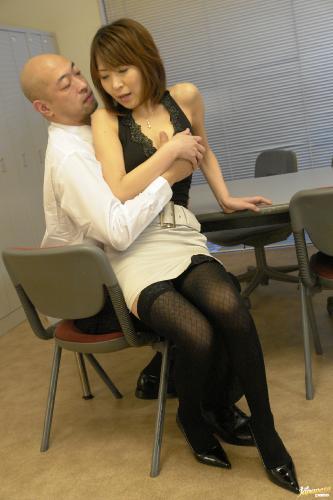 Jun Kusanagi - Jun Kusanagi Lovely Asian office girl gets fucked in the office by her boss