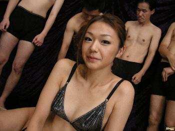 Sakura Hirota - Sakura Hirota Hot Asian chick enjoys being masturbated