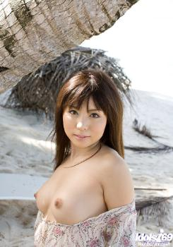 Aya Hirai - Aya Hirai Cute Asian Model Is Nice Looking In Her Bikini