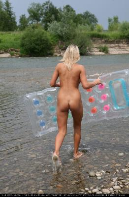 Nudist naturist blog